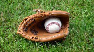 【ベースボール】日本で長く愛されている野球の魅力とは ~プロ野球、高校野球、少年野球、草野球~